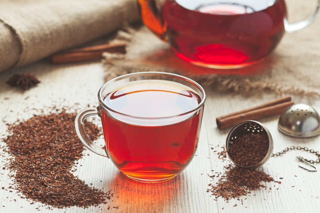 Teafajták : színes, illatos, rooibos