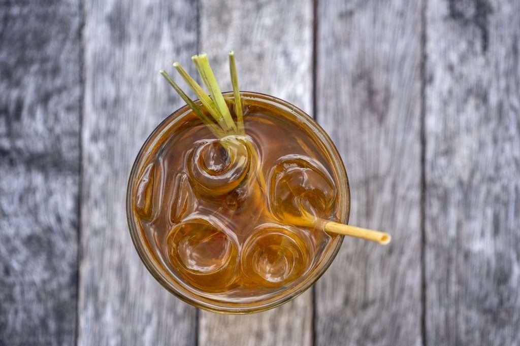 Citromfüves ribizli zöld rooibos jeges teával hűtsd magad!
